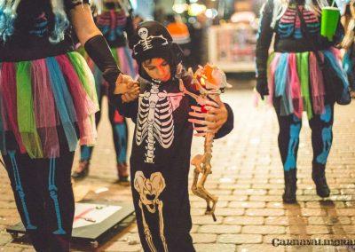 desfile-nocturno-carnavalmoral-2015-092